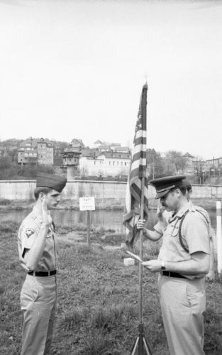 German Border-Hof-re-Enlistment-(Gus)-May 1977-57-644