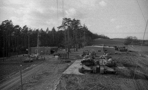 German border-US patrols along-Bad Hersfeld-(C 8170)-Feb (2)